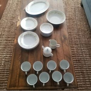 Vintage Meredith 305 - Four Crown China Set